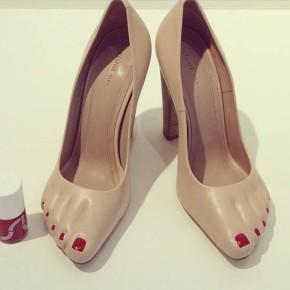 Sapato com dedinhos pintados – Pra onde caminha ahumanidade?