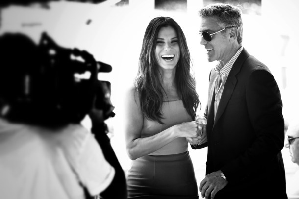 George-Clooney-Sandra-Bullock-Vogue-29Aug13-Getty_b_1080x720